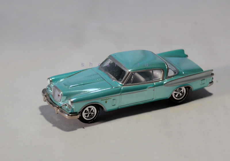 JOHNNYLIGHTNING STUDEBAKER Golden Hawk