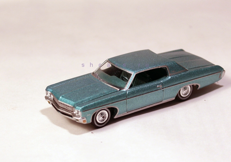 AUTOWORLD CHEVROLET Impala Custom Coupe