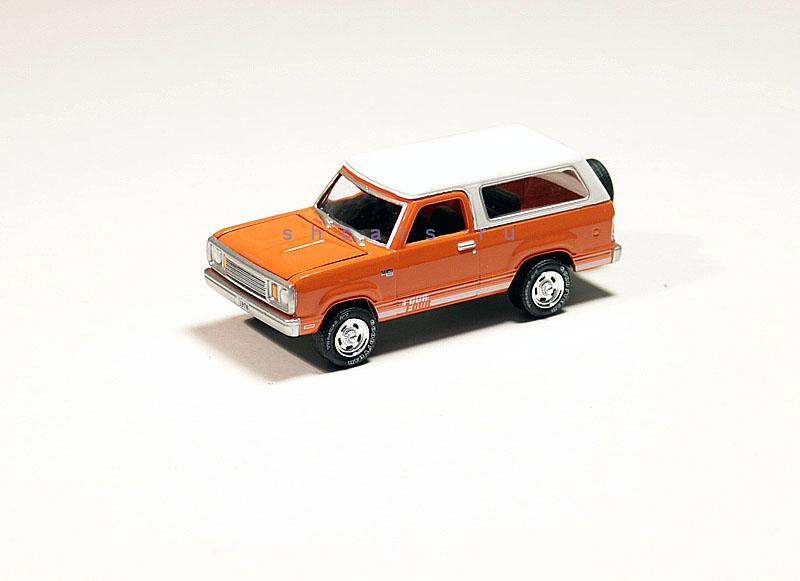 GREENLIGHT PLYMOUTH Trail duster 1978