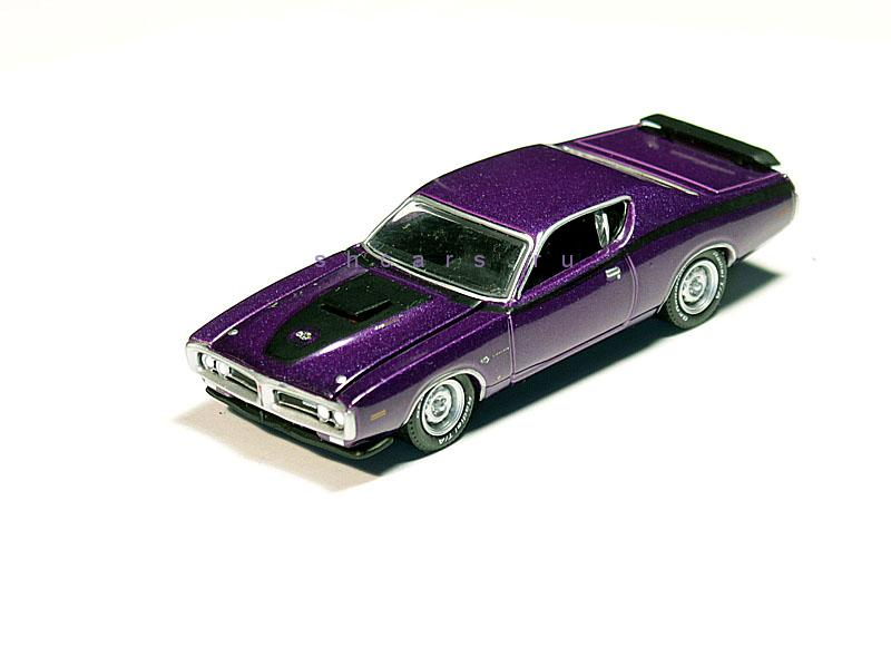 GREENLIGHT DODGE Charger 1971