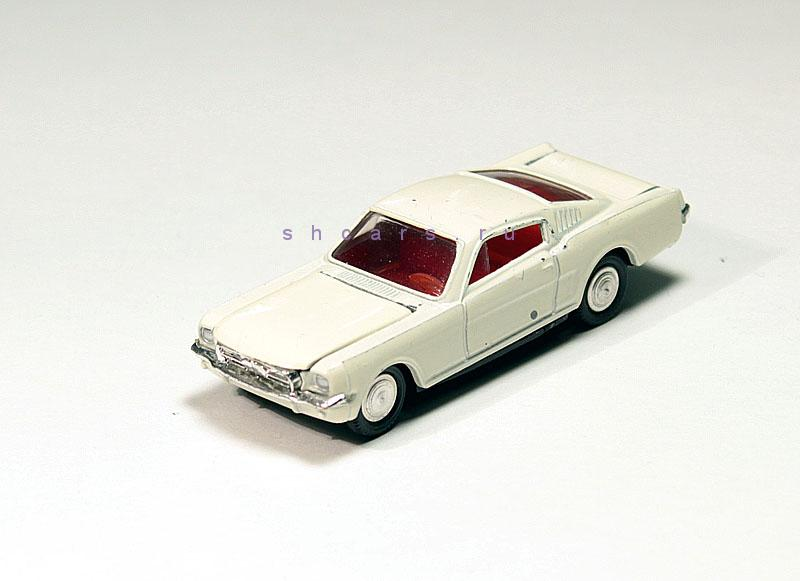 MINI-DINKY FORD Mustang