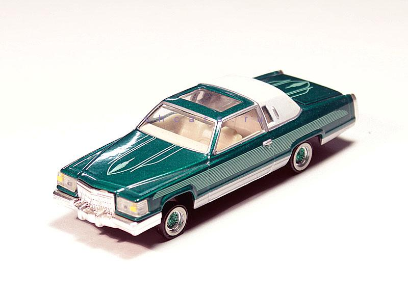 REVELL CADILLAC Coupe Deville 1976